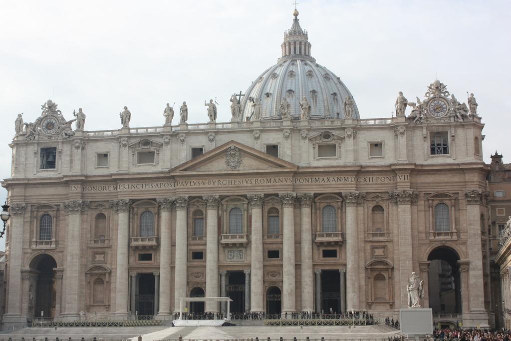 La Basilique Saint-Pierre à Rome