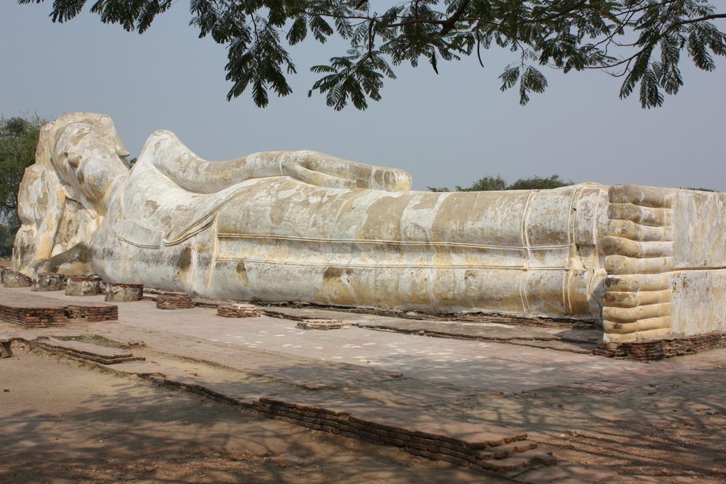 Wat Lokaya à Ayutthaya