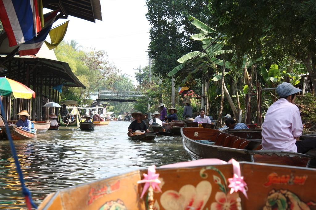 Floating Market à Bangkok en Thaïlande
