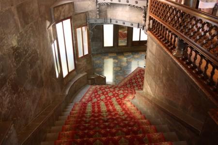 L'intérieur du Palais Guëll à Barcelone