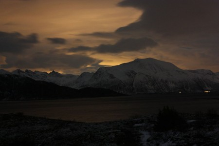 Sommaroy la nuit près de Tromsø