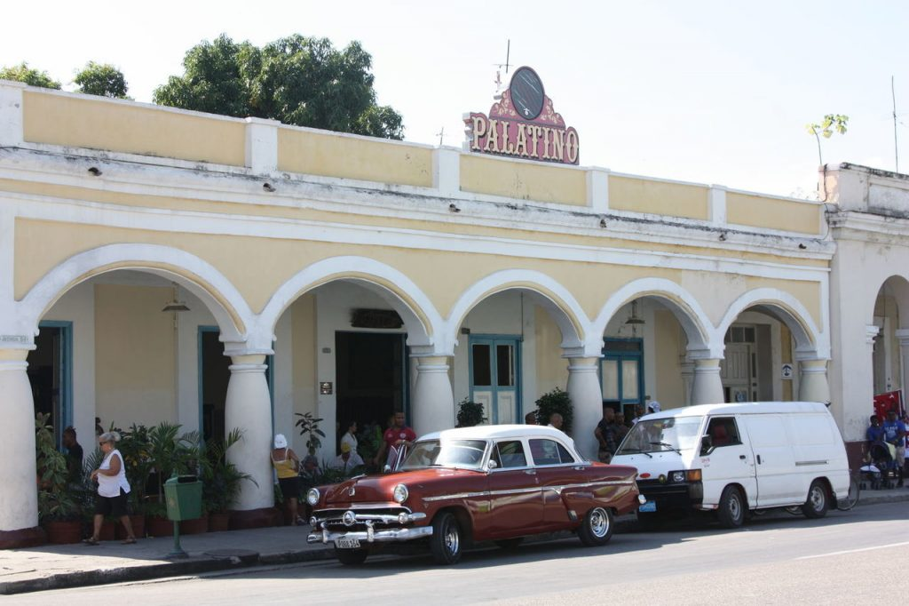 Bar El Palatino à Cienfuegos à Cuba