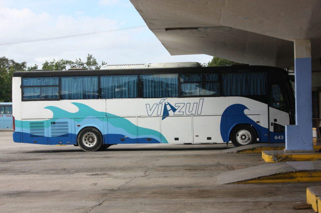 Bus Viazul à Baracoa à Cuba