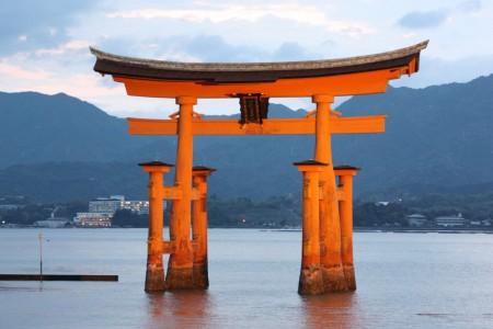 Japon Myajima Tori la nuit