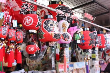 Souvenirs de Tokyo au temple Senso-Ji