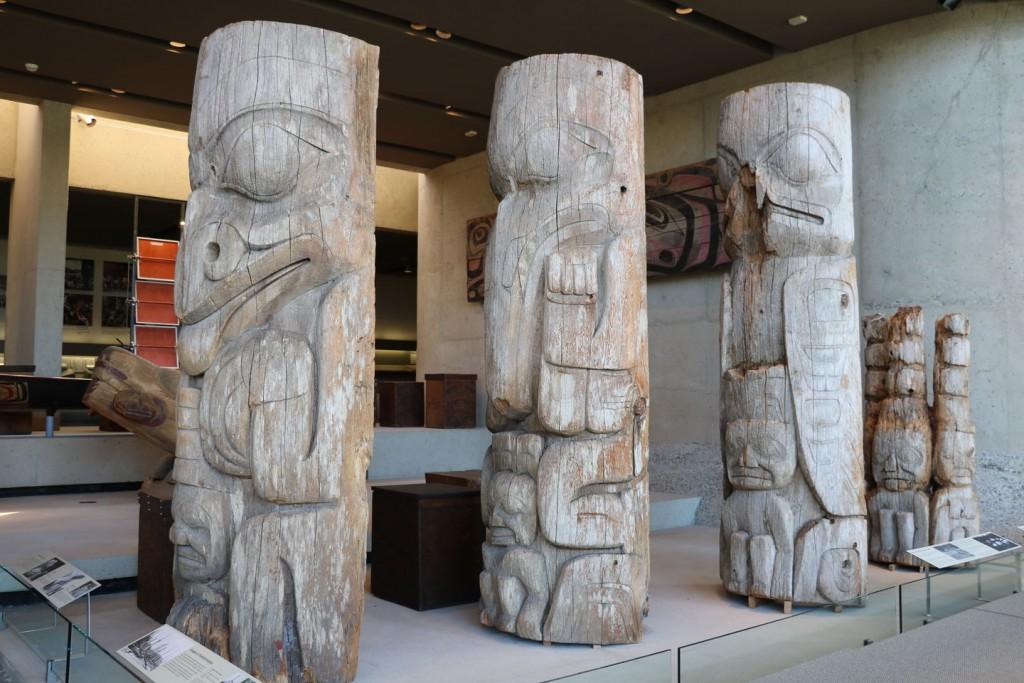 Totems du MOA à Vancouver au Canada